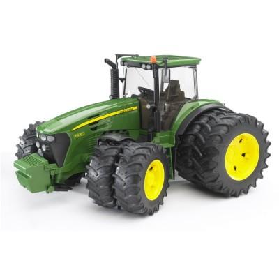 Bruder traktor John Deere 7930 dvojité kolesá